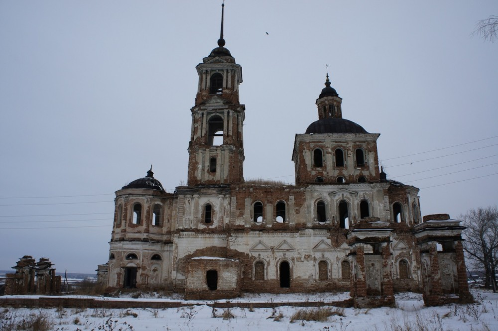 76 село Першинское Далматовский район Курганской области