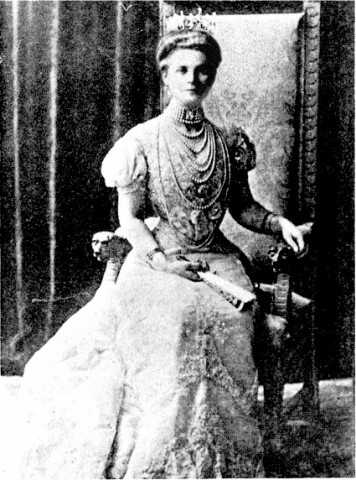18922789_zenaidaassophie