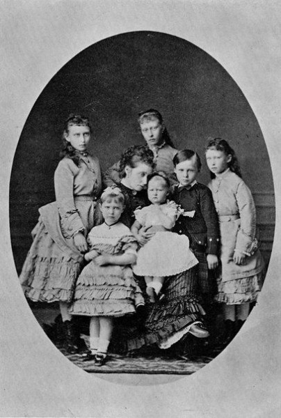 Princess Alice and her children.