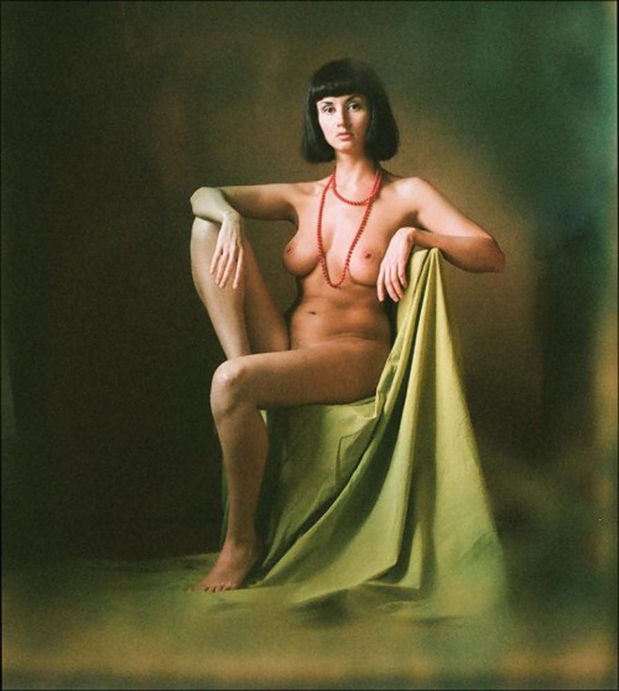 моему телу эротический портрет в одежде панорамой