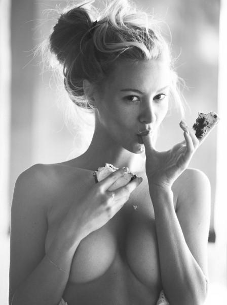 1469652687_david-bellemere-art-erotika-s-brayana-holli_03