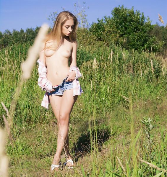 1484083760_chirkov-divnoe-zhenskoe-telo-v-art-stile_16