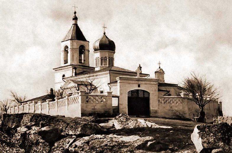 1460037353_katerlezskiy-monastyr-2