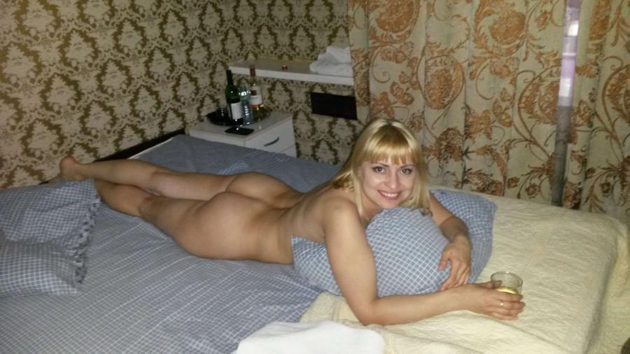 Фото жены частное эротика, бонни райт засветы