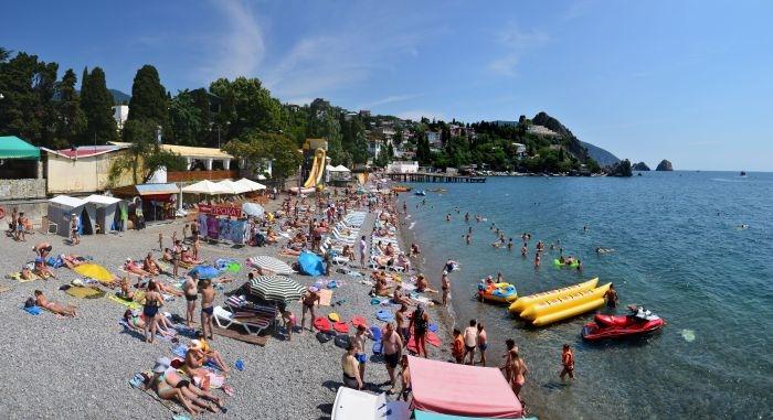 Ежегодная подсыпка крымских пляжей оценена в 1 млрд рублей