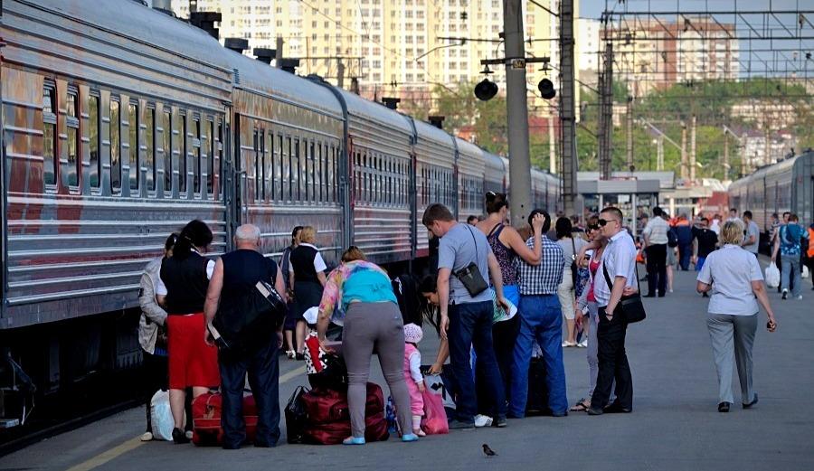 Екатеринбург и Симферополь свяжет прямой поезд