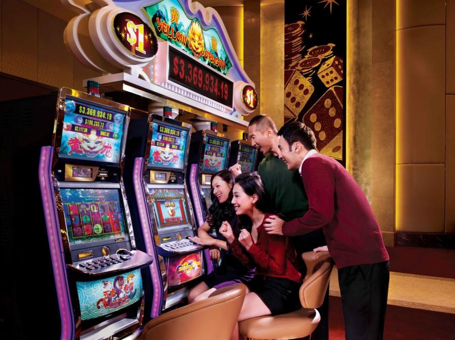 1525894996_2-e-gaming-area-2012-i29688