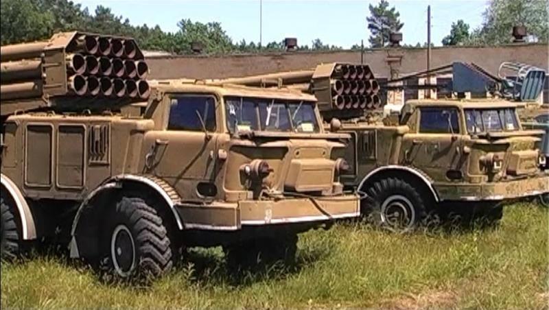"""Волонтеры модернизировали для нужд армии многоцелевой тягач, превратив его в """"легкий танк"""" - Цензор.НЕТ 9805"""