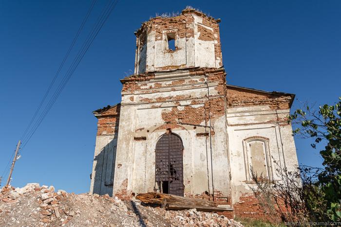 Символы веры. Село Лох Новобурасского района Саратовской области
