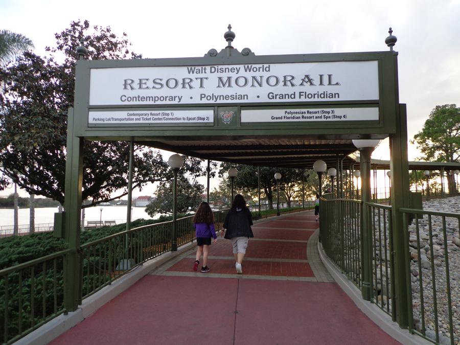 monorail5