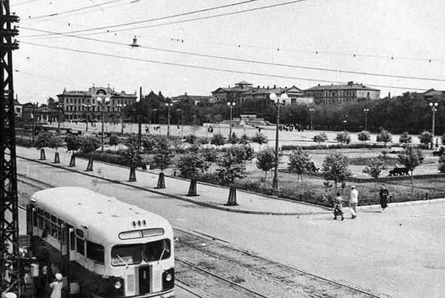 1952_saratov_ploshchad_revolyucii
