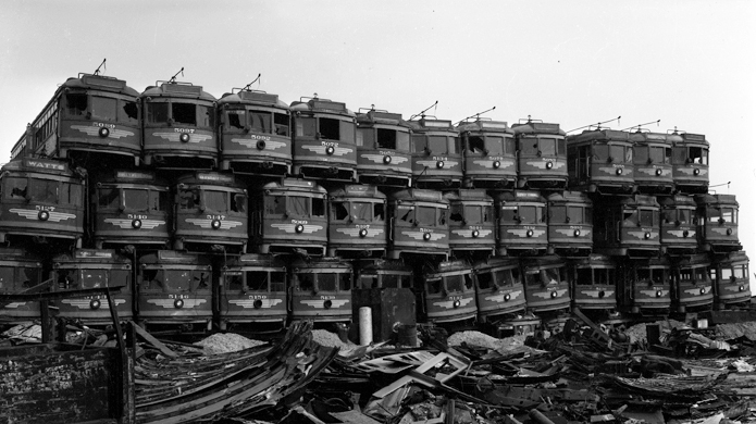 Junked_streetcars
