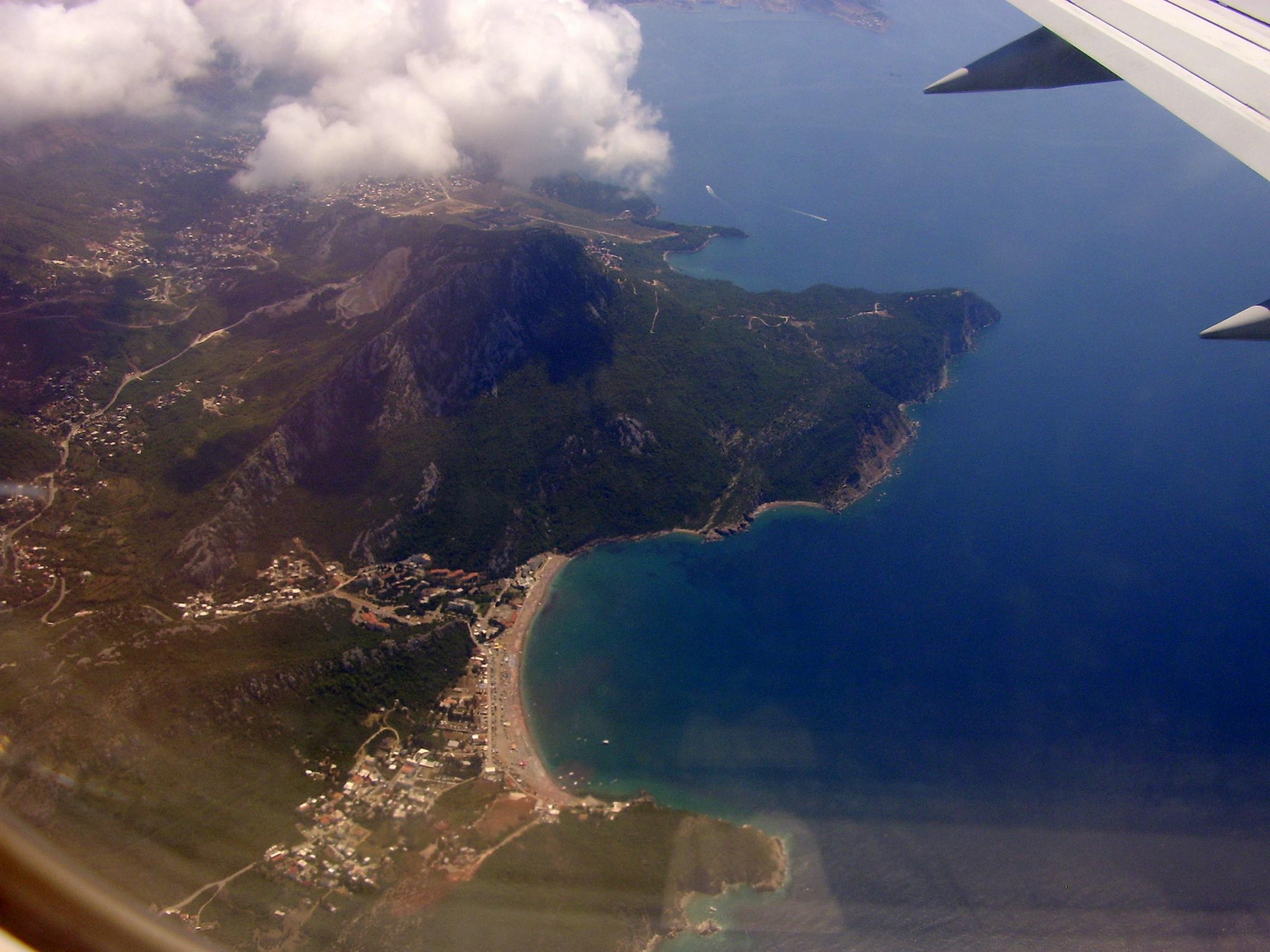 Нудистские пляжи Черногории где позагорать голышом
