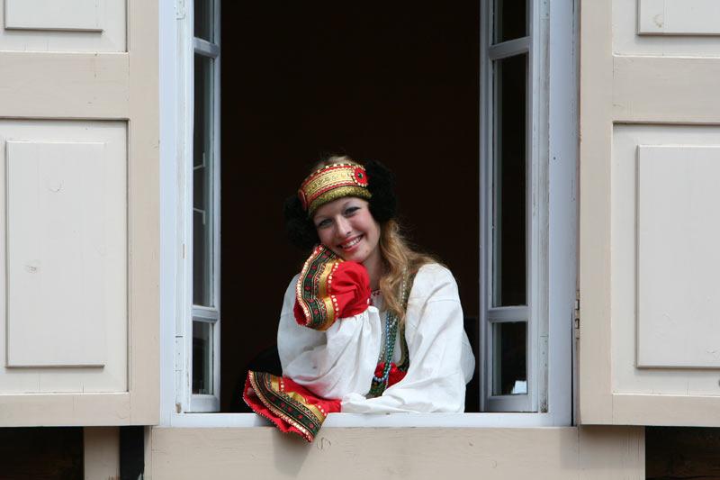 russian-native-costume-0008