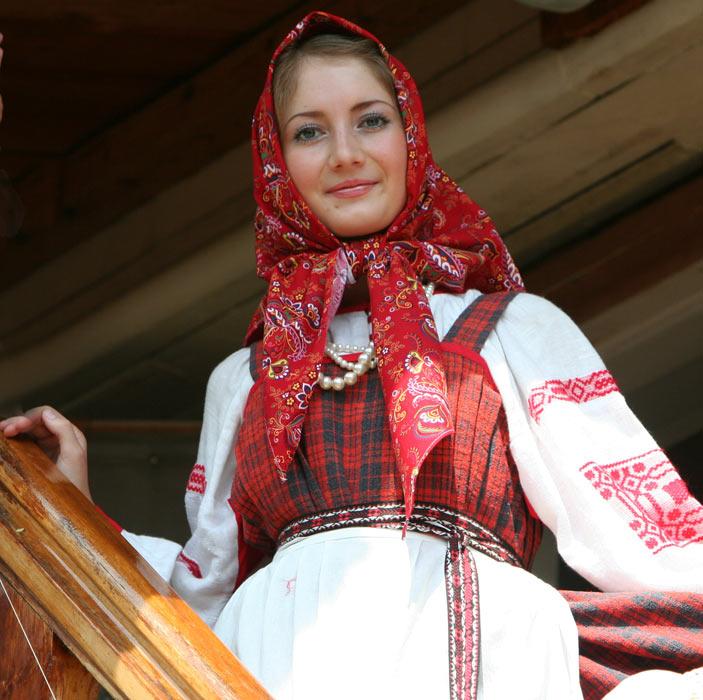 russian-native-costume-0015