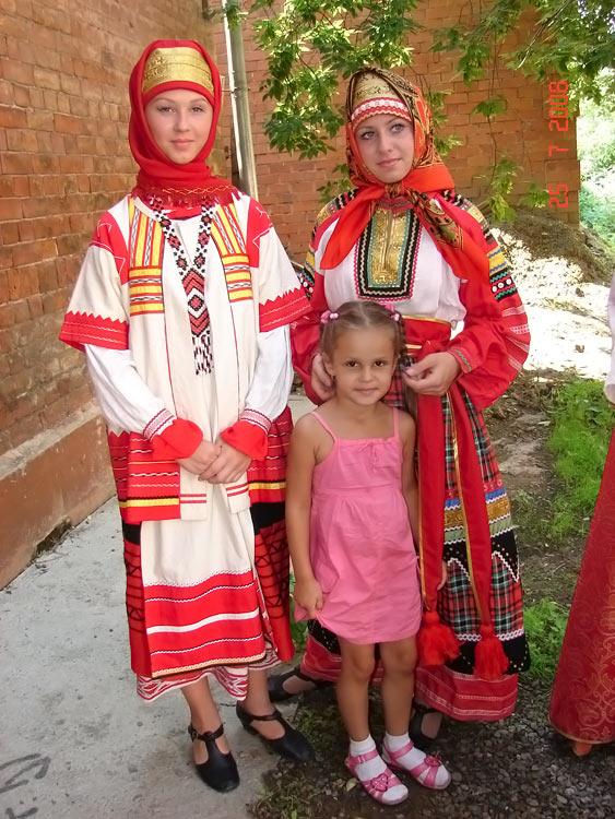 russian-native-costume-0027