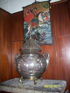 Чаша со святой водой / Эчмиадзинский монастырь