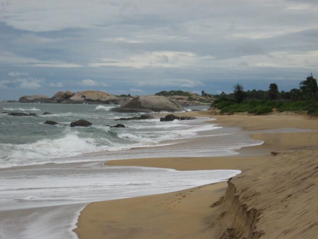 Kirinda beach