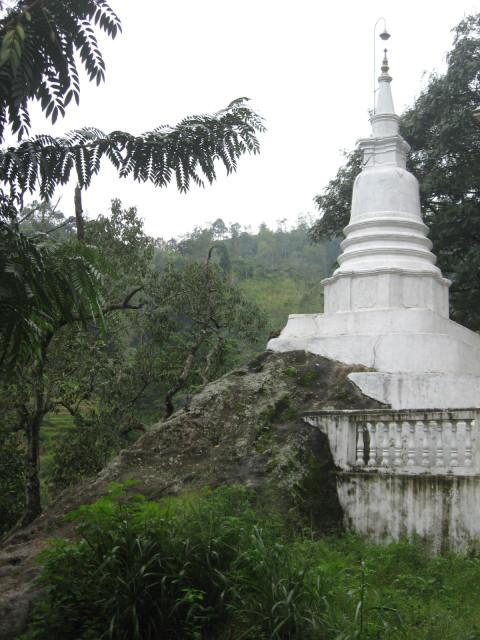 Dowa Temple, Sri Lanka
