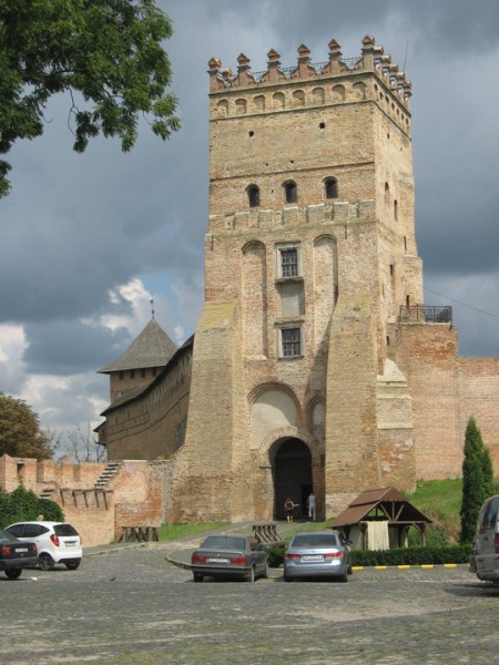 Замок Любарта. Въездная башня (Луцк)