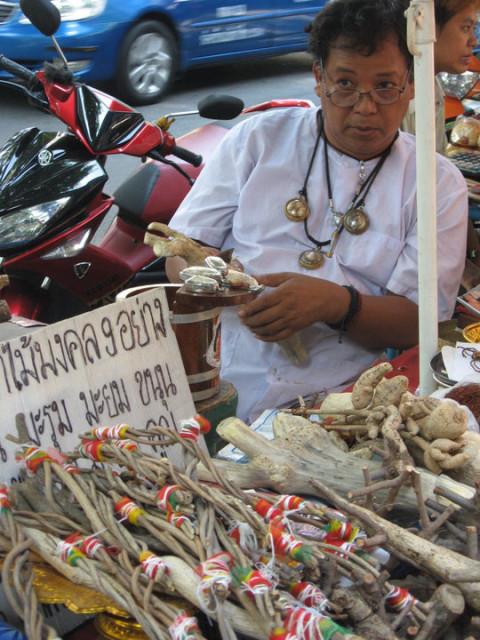 Талисманов базар в Бангкоке