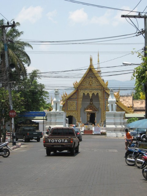 По улицам Чианг Мая