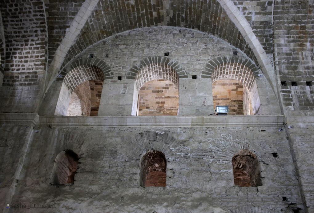 Масти на стенах храма Николая
