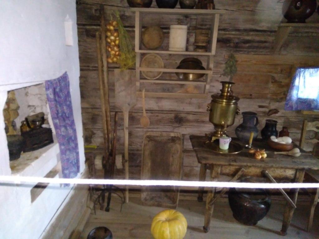 Музей деревянного зодчества в Суздале. Изба