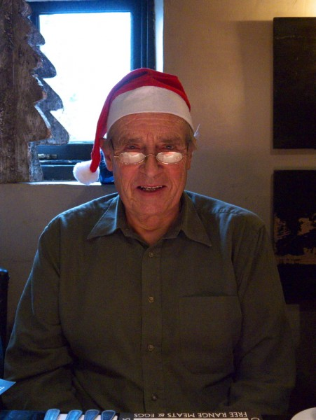 Pater in a Christmas hat