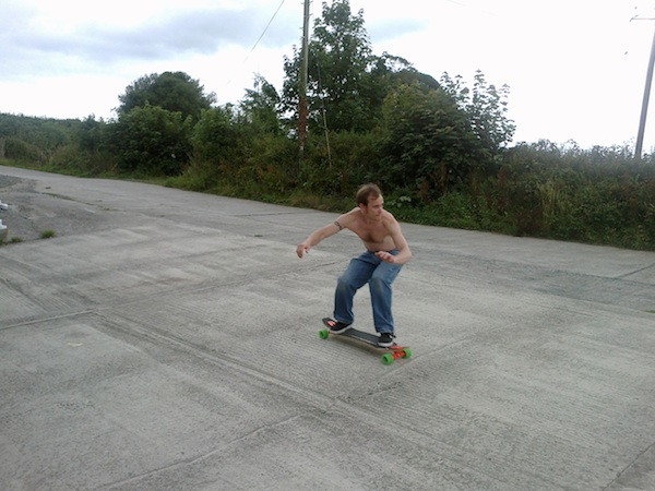 MC longboarding at the Barn