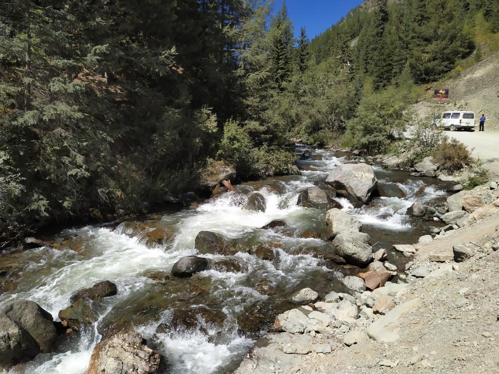 Река Че**тка течет между крутых скал IMG_20210825_135036
