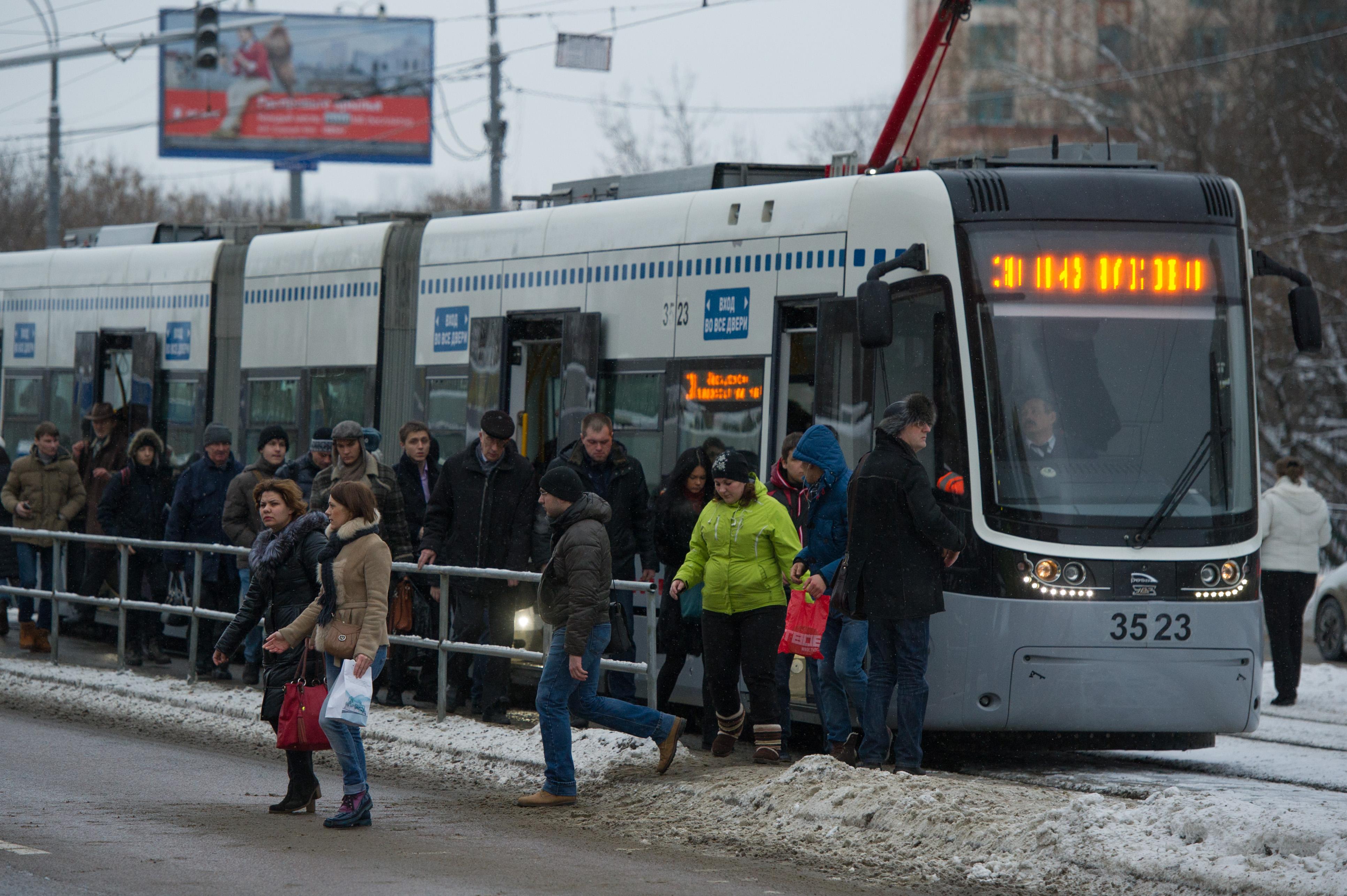 Трамвайная пробка в Щукино BEL_1548
