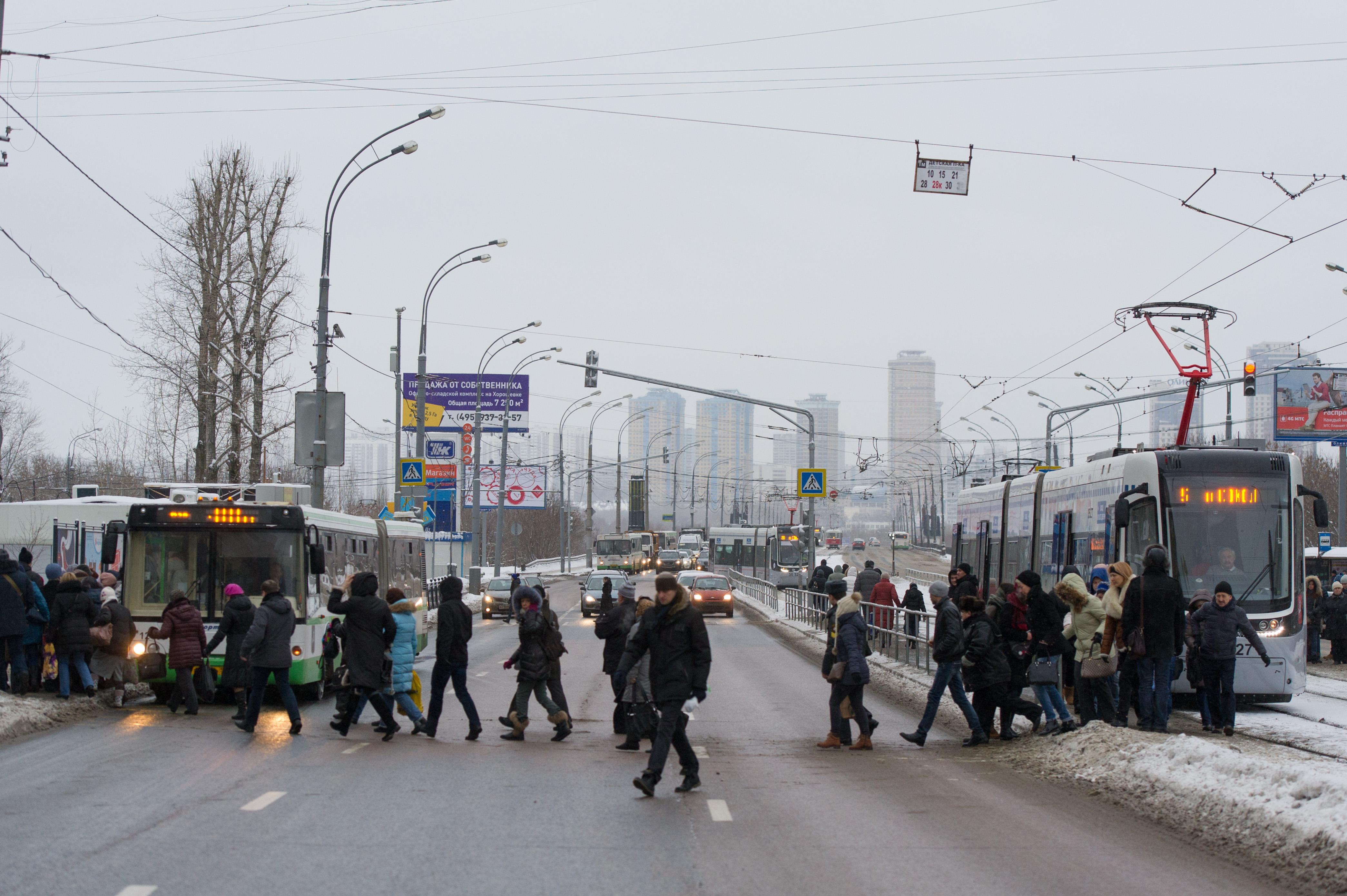 Трамвайная пробка в Щукино BEL_1584