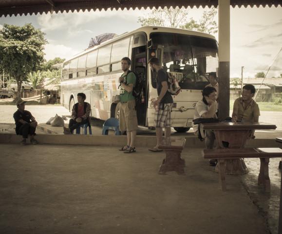 Путешествие на север. День 8-9. Как мы набирались знаний об  опиуме и через тернии добирались до Луанг Прабанга