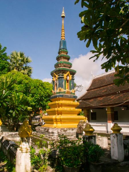 Путешествие на север. День 10-11. Лаосская глубинка Луанг Прабанг