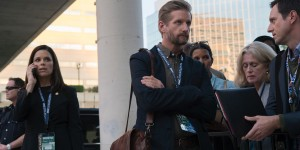 Neve-Campbell-and-Paul-Sparks-in-House-of-Cards-Season-4
