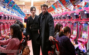 Tao-Okamoto-and-Hugh-Jackman-in-The-Wolverine-2013-Movie-Image