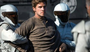 Liam-Hemsworth-als-Gale-Hawthorne-in-Catching-Fire_article_600x348