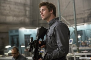 kinopoisk.ru-The-Hunger-Games_3A-Mockingjay-Part-1-2495283