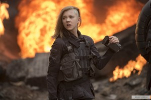 kinopoisk.ru-The-Hunger-Games_3A-Mockingjay-Part-1-2510372
