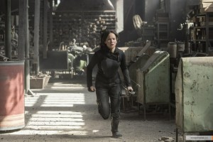 kinopoisk.ru-The-Hunger-Games_3A-Mockingjay-Part-1-2516178