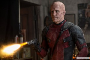 kinopoisk.ru-Deadpool-2724599