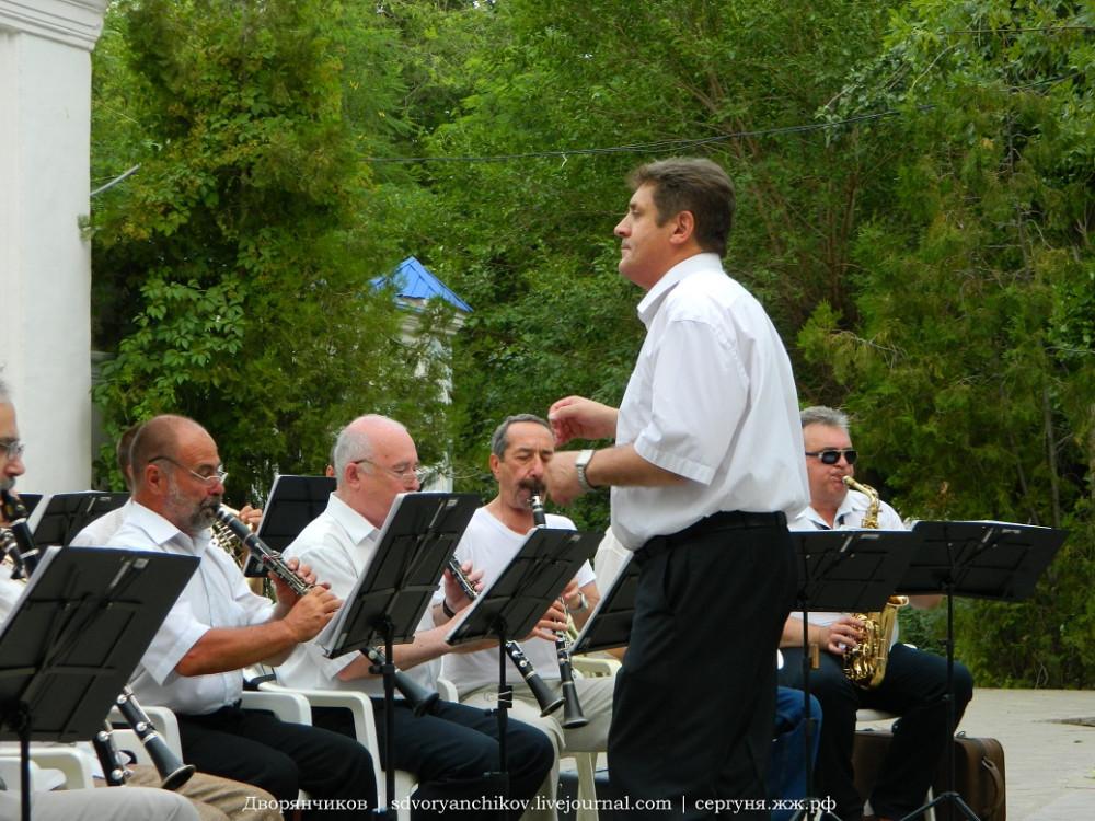 Волжский - оркестр в парке Дк Вгс - 20 июня (9).JPG