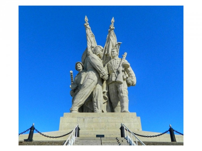 Монумент «Соединение фронтов» в Пятиморске — место, где решалась судьба Сталинграда