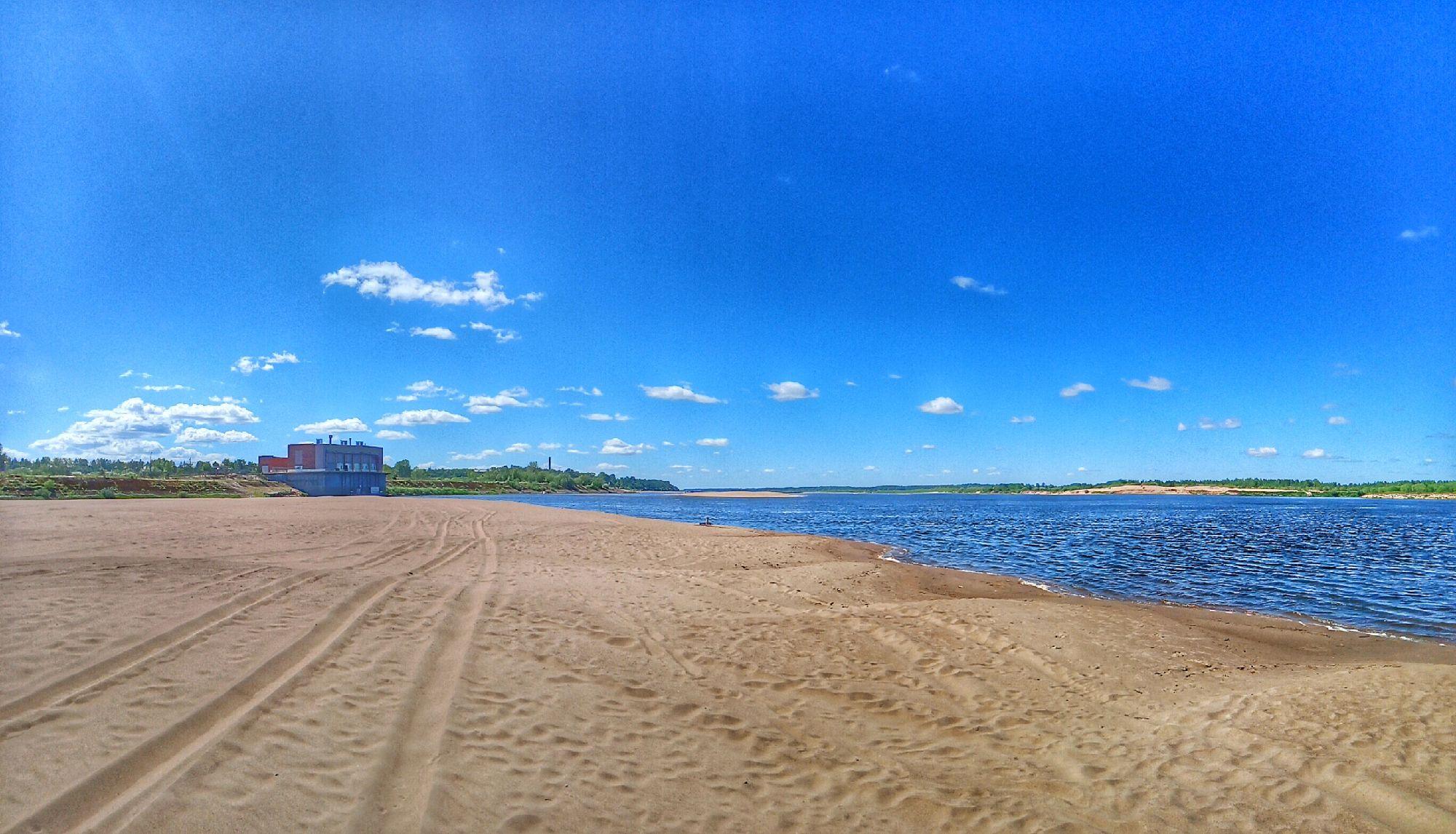Коряжма. Пляж на Вычегде. 10 июля 2021