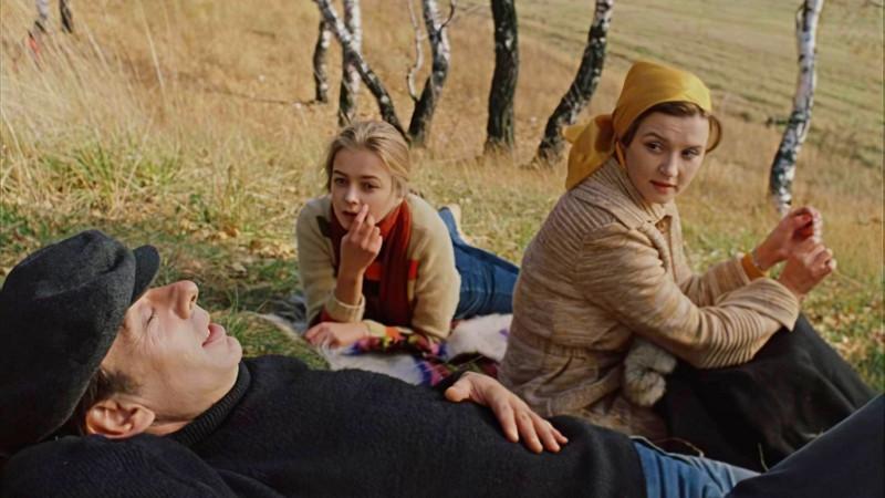 Москва слезам не верит — кадр из фильма.