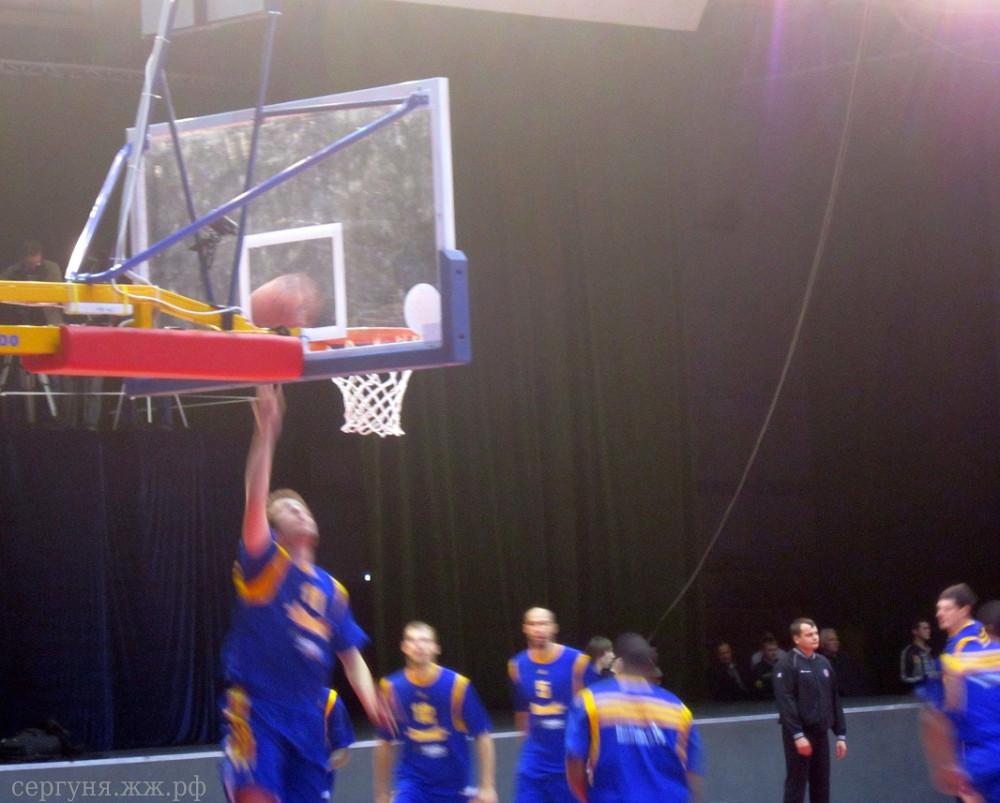 Волгоград баскетбол Красный-Химки (05)