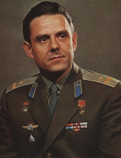 52 года назад погиб Владимир Михайлович Комаров