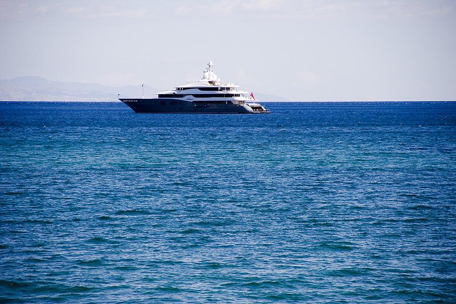 IMG_2953_Naxos_sea_ship_Calabria