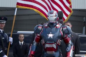 kinopoisk.ru-Iron-Man-3-2153329
